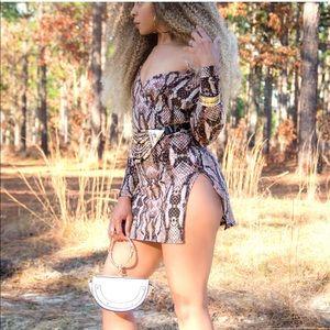 Snake print long sleeved mini slit dress